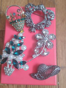 Avon Misc Silver Pins for Sale in Garden Grove,  CA