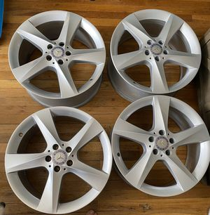 Used OEM Mercedes-Benz 19 inch GLE Rims for Sale in Queens, NY