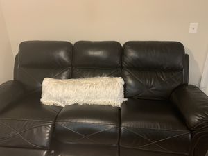 Black leather couch for Sale in Germantown, MD