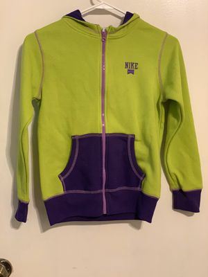 Nike neon and purple jacket for Sale in Pflugerville, TX