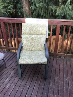 Patio chairs with cushions for Sale in Edmonds, WA