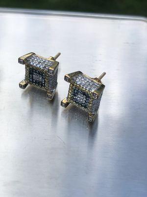 14k diamond earrings for Sale in Hartford, CT
