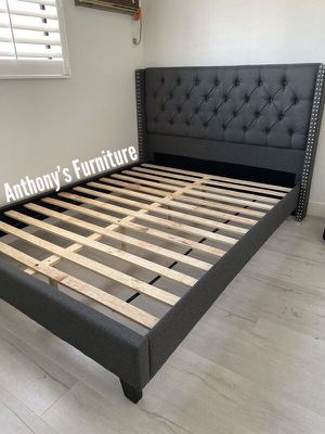 Queen bed & mattress for Sale in Lynwood, CA
