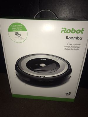 iRobot Roomba E-5 for Sale in Jackson, TN