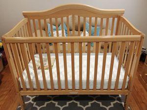 Delta Martinique Convertible Crib / Day Bed + Sealy Mattress for Sale in Sunnyvale, CA