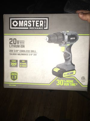 Master mechanic Cordelss drill with light 20v with charger brand new nothing wrong with it with box and extended tool for drill 75 $ With a box of na for Sale in River Rouge, MI