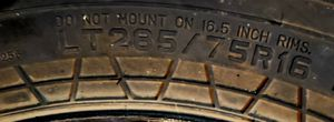 1 EXCELLENT TIRE 285/75/16 for Sale in Rogers, AR