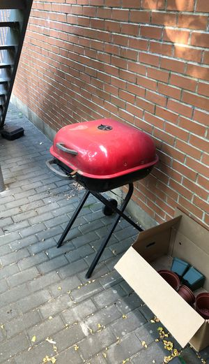 Aussie BBQ grill for Sale in New York, NY