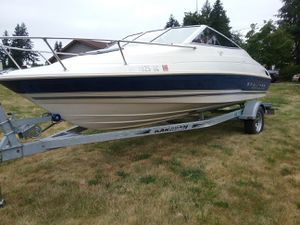 21ft Bayliner model 2052 cuddy ( possible trade) for Sale in Bonney Lake, WA