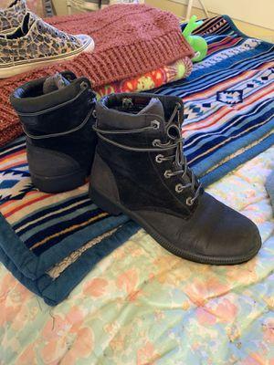 Kodak waterproof size 7 boots! for Sale in Portland, OR