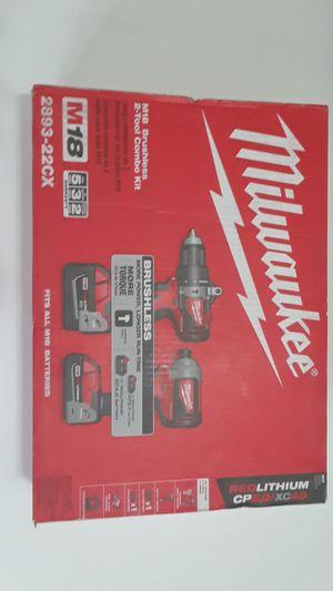 Milwaukee 2 tool combo kit for Sale in Las Vegas, NV