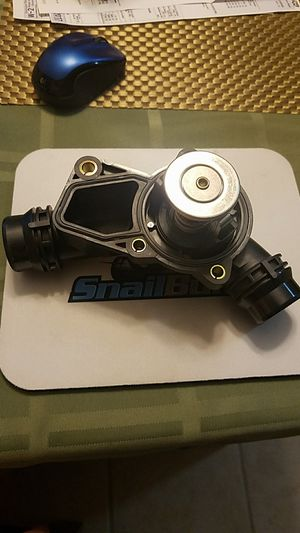 Bmw thermostat 11 53 7 509 227 for Sale in Chicago, IL