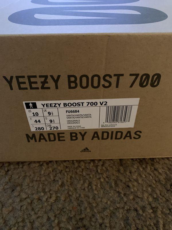"Adidas Yeezy Boost 700 V2 ""Vanta"" size 10"