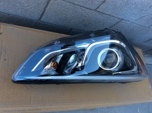 2017-2018 Hyundai Santa Fe right OEM passenger HID HEADLIGHT part#92102-4Z510 dealer price is 1111.15 ,will sale for 500.00$,also have right passen for Sale in Mesa, AZ