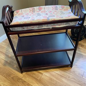 Changing Table for Sale in Hawthorne, CA