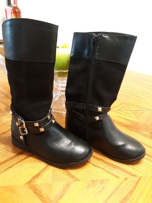 Adorable knee high toddler girl boots sz 9 for Sale in Portsmouth, VA