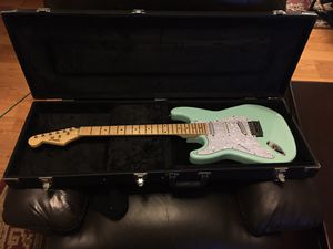 Left handed strat guitar for Sale in Hamilton, OH