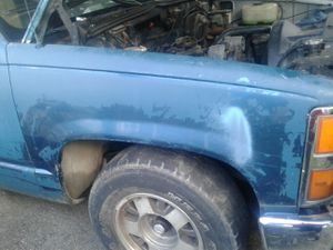 Chevy 92 fender for Sale in Houston, TX