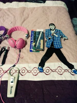 Head phones for cell, Elvis Presley clock antique pens, a singing microphone for Sale in Philadelphia, PA