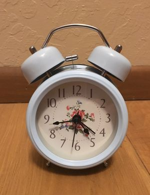 "5"" Lighted Shabby Chic Retro Alarm Clock for Sale in Phoenix, AZ"