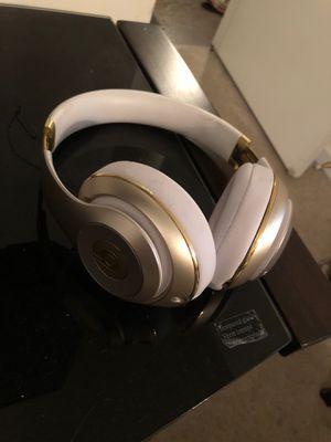 Wireless beats by dre studio for Sale in GOODLETTSVLLE, TN