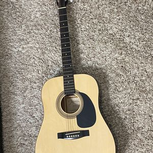 Johnson Acoustic Guitar . Good Condition for Sale in San Diego, CA