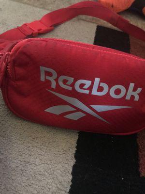 reebok fanny pack for Sale in Toledo, OH
