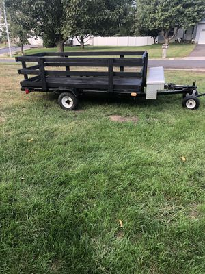 Small utility trailer with sides and mini ramp for Sale in Howell Township, NJ
