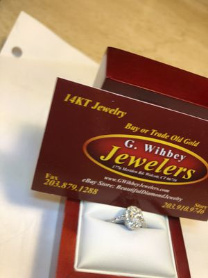 14 kt white gold ,oval , engagement solitaire for Sale in Wolcott, CT