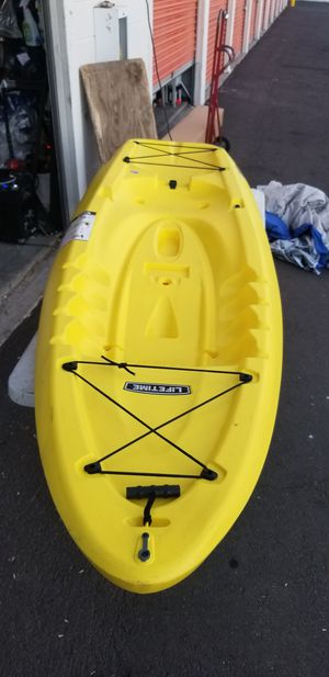 8 ft sit on kayak for sale for Sale in Phoenix, AZ