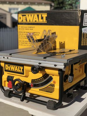 DeWalt 15 Amp 10 in. Compact Job Site Table Saw for Sale in Paramount, CA