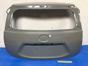12 - 18 TOYOTA PRIUS C TAILGATE/ TRUNK / GATE OEM for Sale in Los Angeles, CA