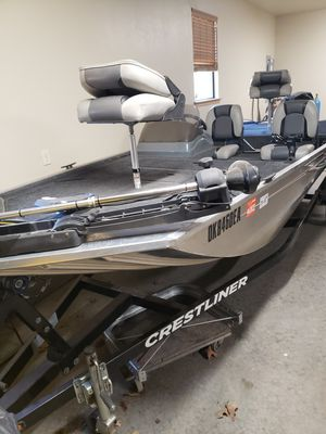 16' bass / crappie boat crestliner storm 2012 for Sale in Oklahoma City, OK