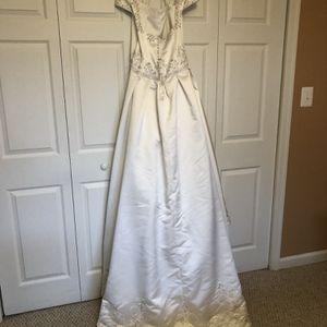 Jasmine Wedding Dress for Sale in Leesburg, VA