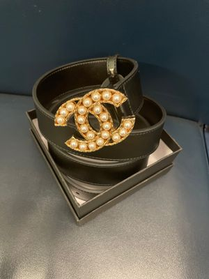 Brand new! All Black Genuine Leather Chanel Belt with Gold CC Buckle with Pearls for Sale in New York, NY