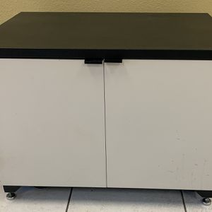 Rolling Cabinet With Shelves for Sale in Glendora, CA