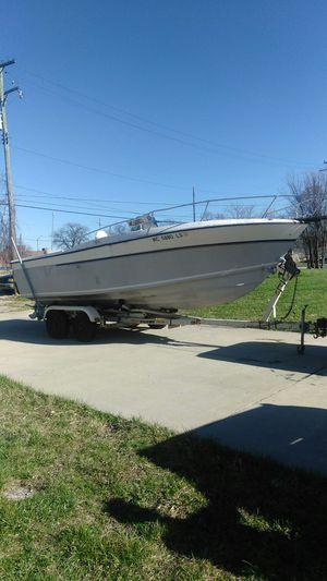 1982 center console boat for Sale in Warren, MI