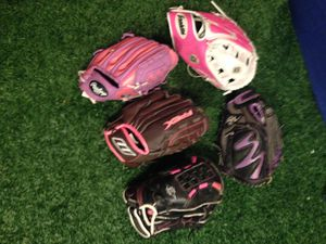 Softball/Fastpitch gloves right hand/left hand Wilson, Rawlings for Sale in Houston, TX