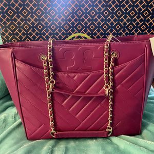 Authentic Tory Burch Leather Tote for Sale in Sloan, NV