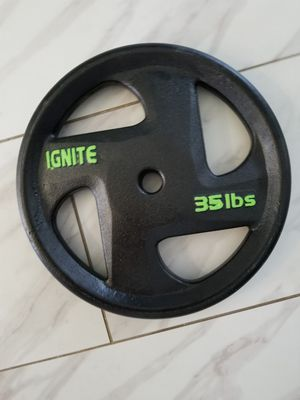 35 lb weight plate for Sale in Salinas, CA