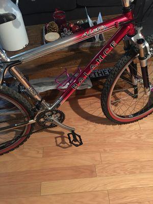 BALANCE vintage bike 90s for Sale in Moreno Valley, CA