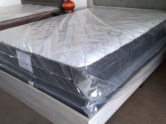 New Black Queen mattress and box spring ONLY. BED FRAMES SOLD SEPARATELY!!! Free Delivery for Sale in Sloan,  NV