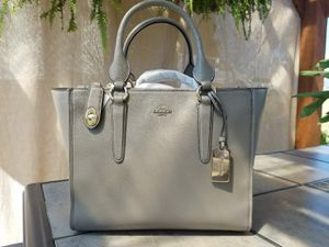 COACH Smooth Leather Crossbody Carryall for Sale in Atlanta, GA
