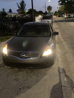Nissan Altima 2007 Título Limpio for Sale in Miami,  FL