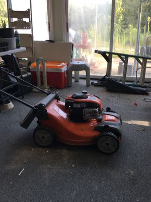 Husqvarna, self perpelled mower with Briggs and Stratton motor 6.25.ex serious, has bagged, only one year old my brother passed and i dont need it, for Sale in Ashville, AL