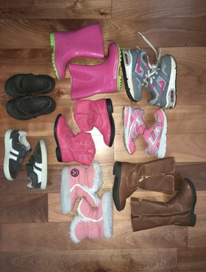 Toddler size 6 shoes/boots/slippers for Sale in Puyallup, WA