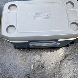 Coleman Cooler for Sale in Long Beach, CA