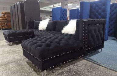 Prada black velvet sectional sofa for Sale in Houston,  TX