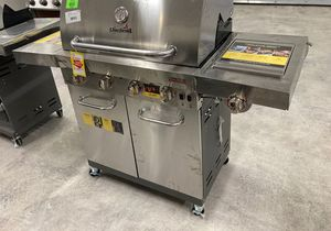 Charbroil 🔥 Grill 🔥463257520 U8W for Sale in Houston, TX