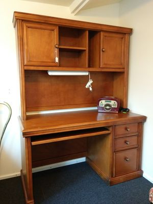 Mueble p computer for Sale in Moreno Valley, CA